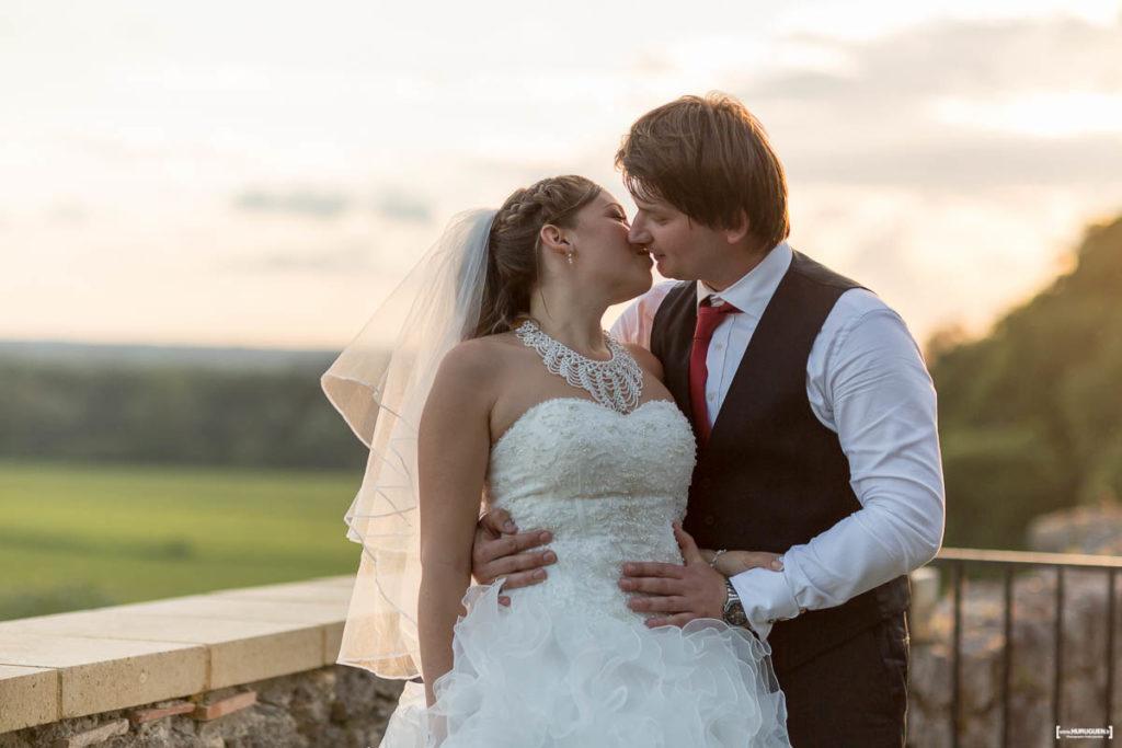 le-baiser-des-maries-mariage-bordeaux-soiree-danse-chateau-langoiran-gironde-bordeaux-libourne-sebastien-huruguen-photographe