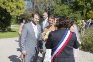 Photographe Mariage Bordeaux accueil des maries mairie de blanquefort Sebastien Huruguen