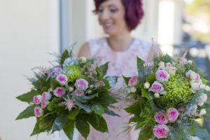 Photographe Mariage Bordeaux fleurs bouquet mariee paillettes demoiselle d honneur roses rose bouquets Sebastien Huruguen