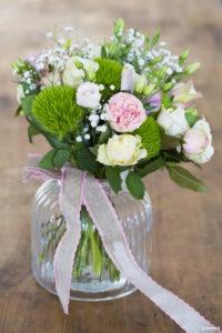 sebastien-huruguen-photographe-mariage-gironde-bordeaux-preparatifs-bouquet-mariee-fleurs