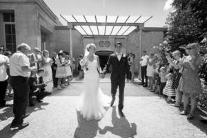 mariage-chateau-agassac-ludon-medoc-sebastien-huruguen-photographe-bordeaux-sortie-mairie