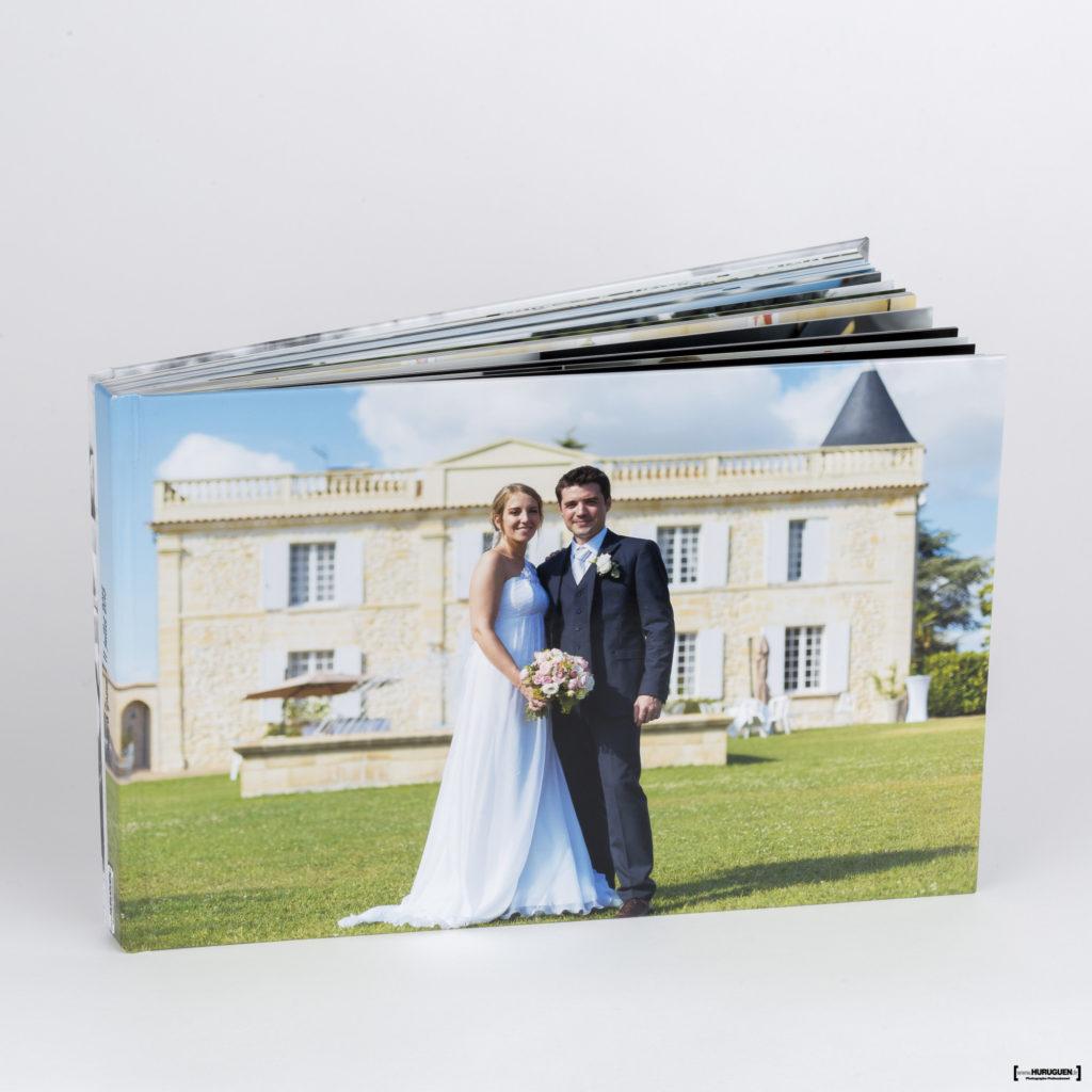 livre-album-photo-HD-mariage-couverture-rigide-sebastien-huruguen-photographe-bordeaux-format-A4-horizontal