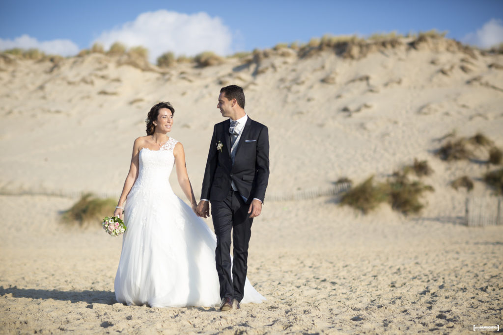 sebastien-huruguen-photographe-mariage-bordeaux-seance-photo-trash-the-dress-couple-maries-day-after-wedding-gironde-carcans-bride-plage-ocean