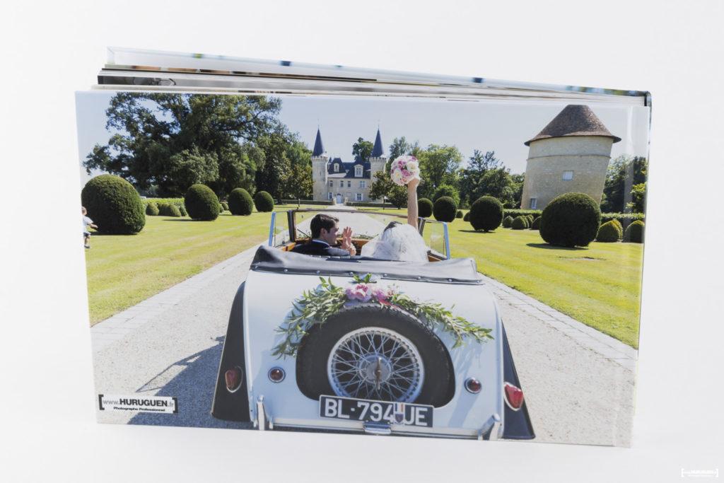 livre-album-photo-de-mariage-sebastien-huruguen-photographe-bordeaux-papier-brillant-format-A4-20x30cm-resalisation-montage-9