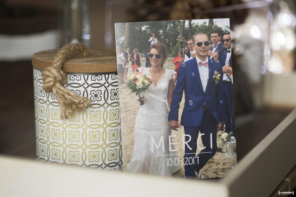 avis-témoignages-sebastien-huruguen-photographe-mariage-bordeaux-carte-de-remerciement-apres-mariage-clients-couple-jeunes-maries-faire-part-photo-maries