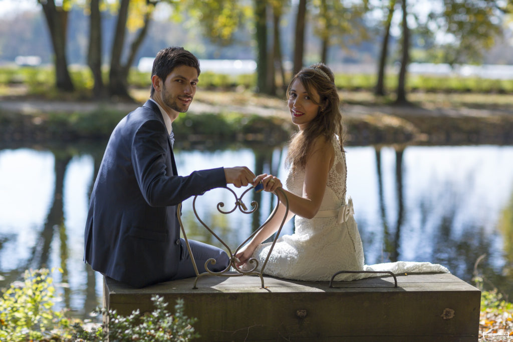 photographe-mariage-bordeaux-sebastien-huruguen-seance-photo-trash-the-dress-parc-majolan-blanquefort-couple-jeunes-maries-24