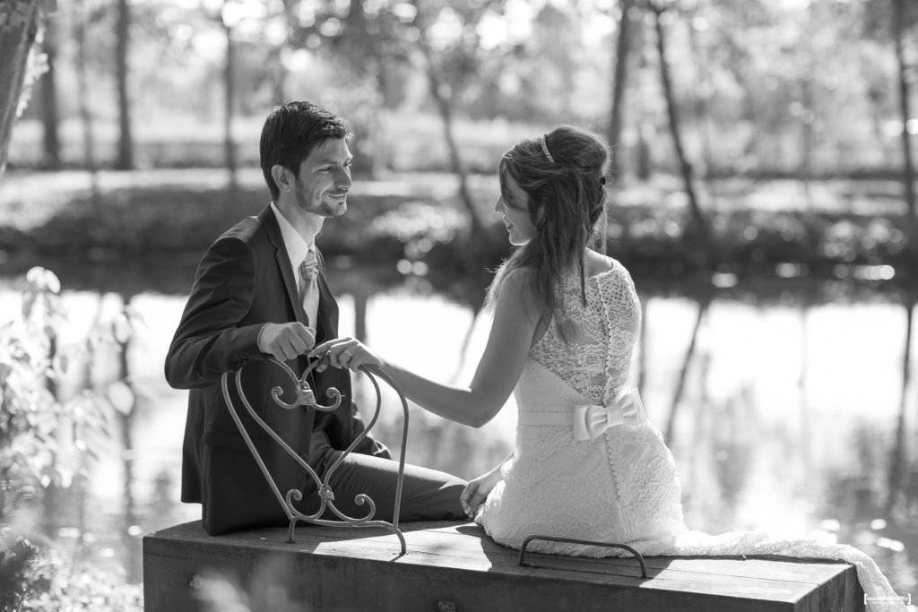 photographe-mariage-bordeaux-sebastien-huruguen-seance-photo-trash-the-dress-parc-majolan-blanquefort-couple-jeunes-maries-25