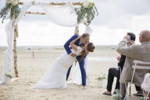 mariage-bassin-arcachon-ceremonie-laique-plage-lanton-tir-au-vol-sebastien-huruguen-photographe-52