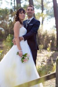 couple-jeunes-maries-seance-photo-trash-the-dress-day-after-plage-lac-ocean-carcans-sebastien-huruguen-photographe-mariage-12