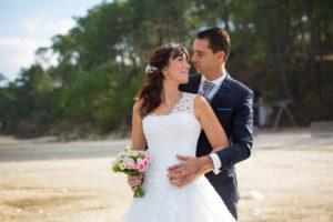 couple-jeunes-maries-seance-photo-trash-the-dress-day-after-plage-lac-ocean-carcans-sebastien-huruguen-photographe-mariage-4